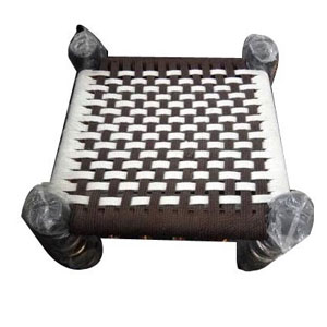 Tipoi Table