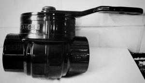 Single piece valve