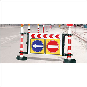 Portable barrier channelizer