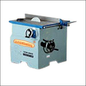 Circular-saw-machine