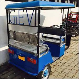ICAT E-Rickshaw Loader