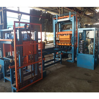 Paver Semi Automatic Machine