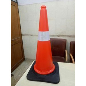 1.6 Kg Traffic Cone With Rubber Base
