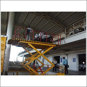 Two Wheeler Loading Unloading Platform
