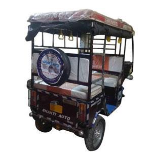 Shakti Auto Electric Rickshaw