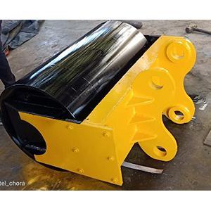 Slope Vibrator Compactor Machine